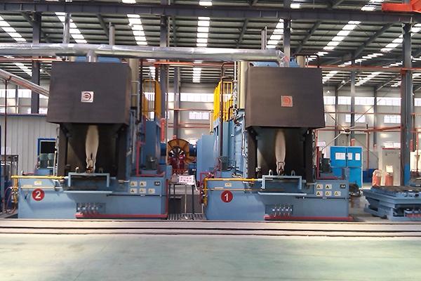 加压气体渗氮多用炉的制作方法